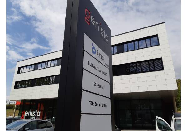 totem publicitaire steinfort luxembourg tacotac