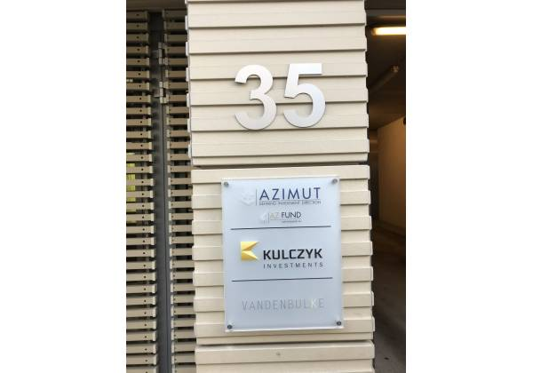 plaque professionnelle luxembourg tacotac